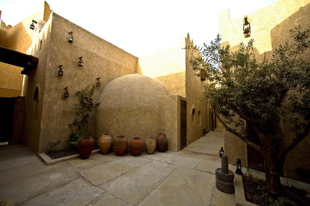 Al-Sharq-Village-and-Spa-04