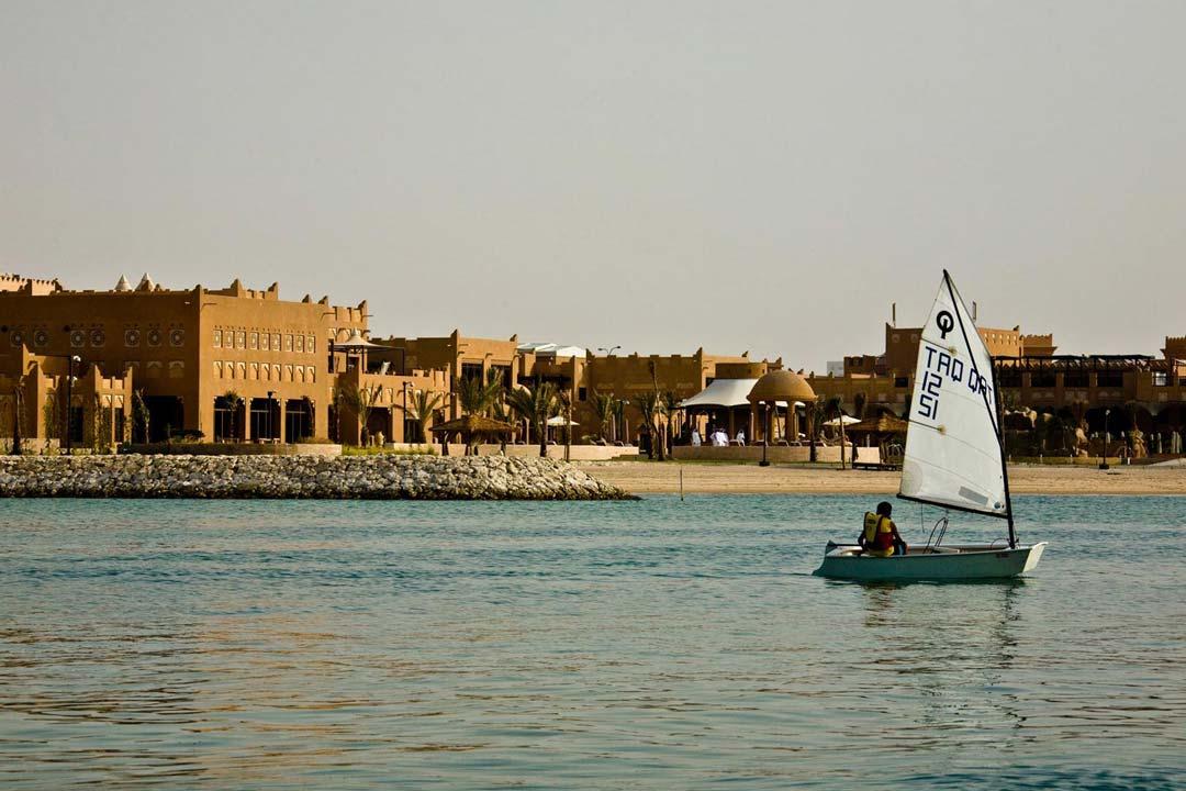 Al-Sharq-Village-and-Spa-06