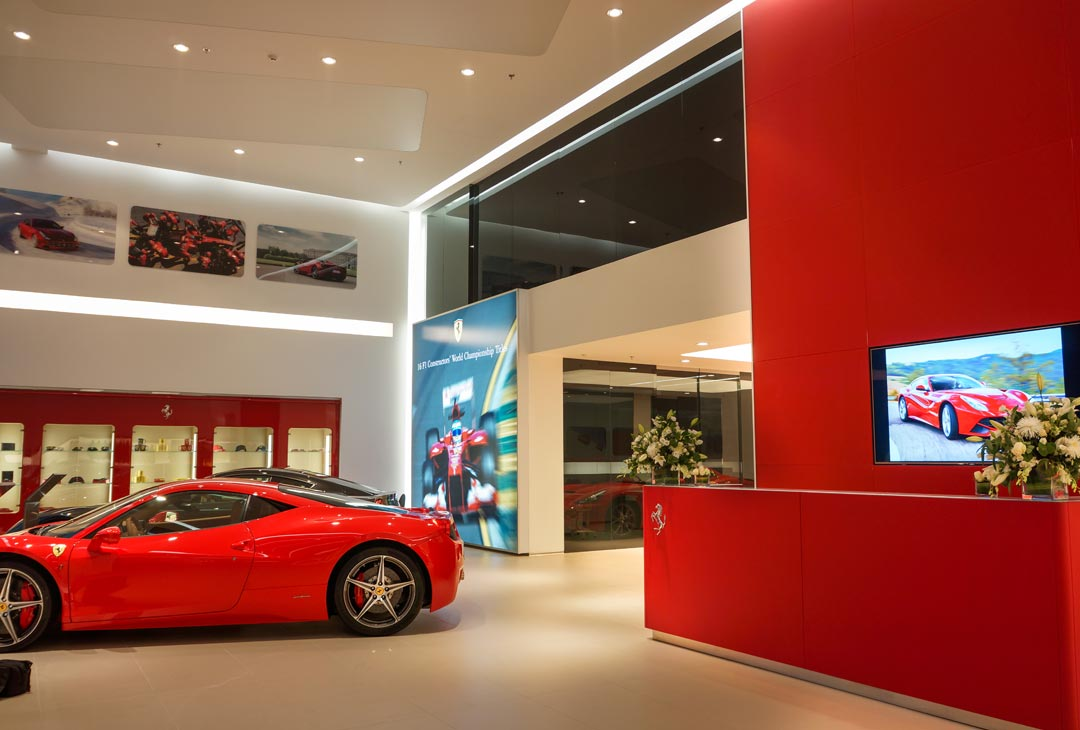 Ferrari-Showroom-03